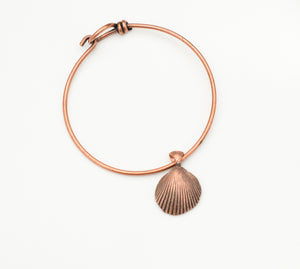 Seashell Hook and Eye Bangle - The Wacky Wanderers