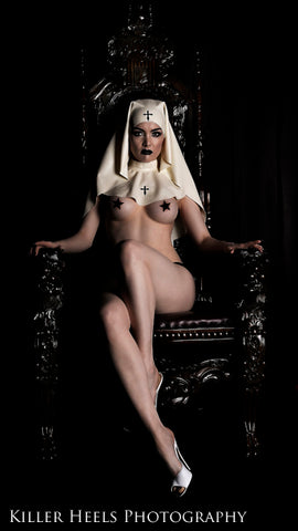 Latex nun headpiece & collar