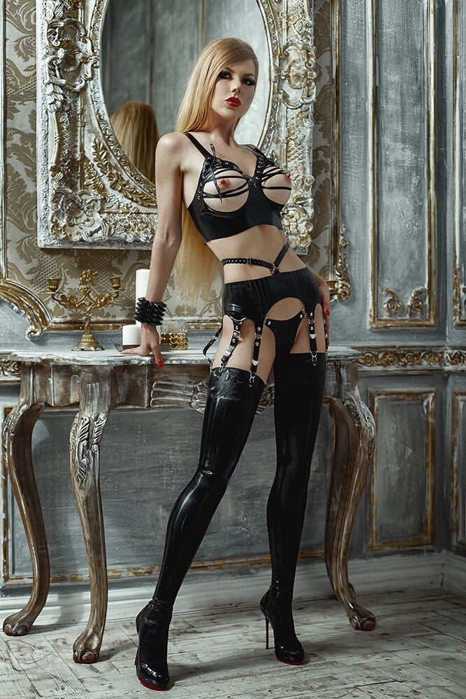 Ferne latex stockings