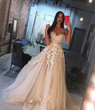 Load image into Gallery viewer, Charming Champagne Dress with Ivory Appliques 2020