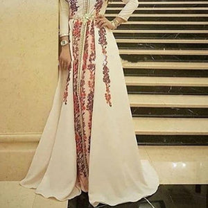 Line Appliques Evening Dress