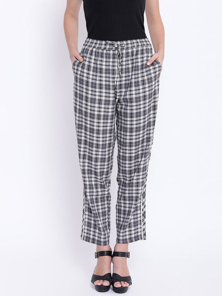 Texco Woman Checkered Stylish Trousers - Fashiano