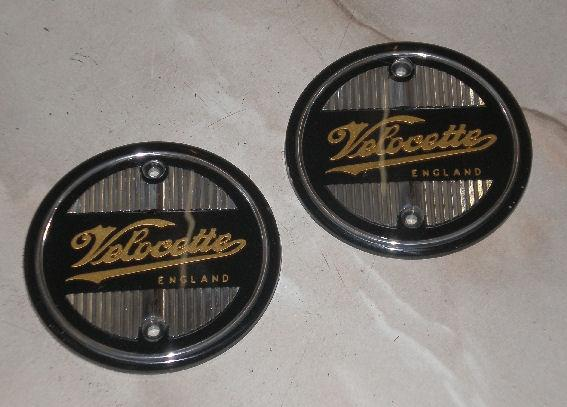 Velocette Tank Badges / Pair silver-gold