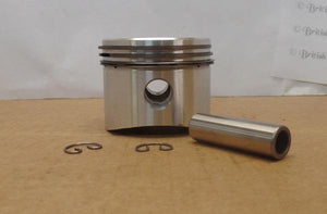 Triumph Piston/040 T20 new
