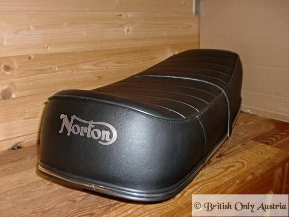 Norton Seat Commando Interstate Ribbed, 2. Quality