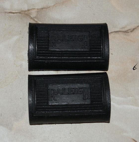 Raleigh Footrest Pedal Rubber /Pair with Logo