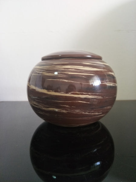 Jian Shui Zitao White and Brown Swirled Tea Caddy