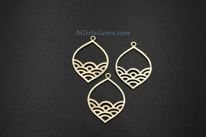 Fish Scale Mermaid Pendant, 4 Pcs Oval Teardrop Brushed Gold Charm, Wavy Sunrise Beach Pendants - A Girls Gems