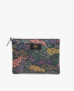 Meadow XL pouch bag