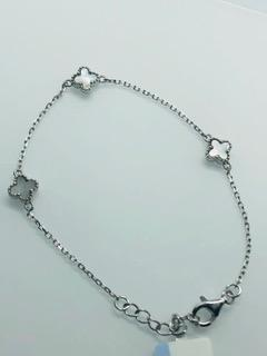Mother of Pearl Three Four Leaf Clover Bracelet