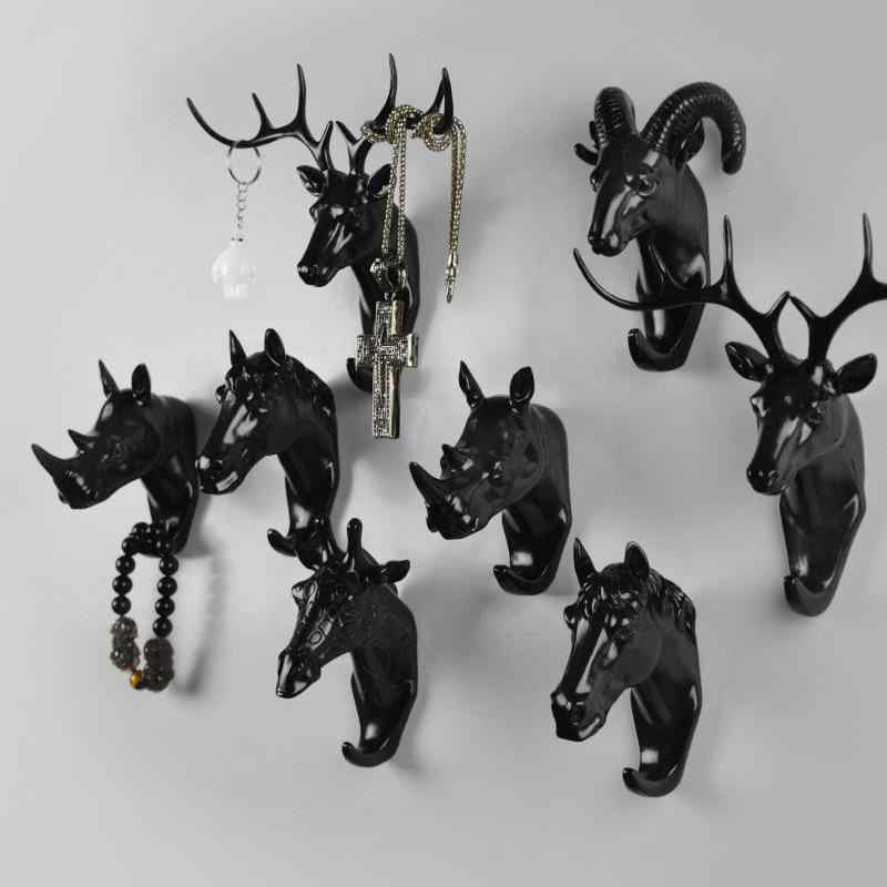 Animal Hooks Black