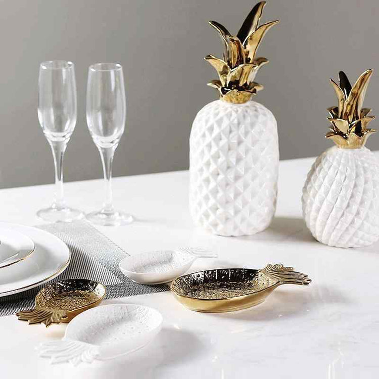 Porcelain Pineapple Dishes