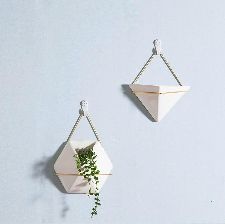 Hylga Porcelain Wall Planter