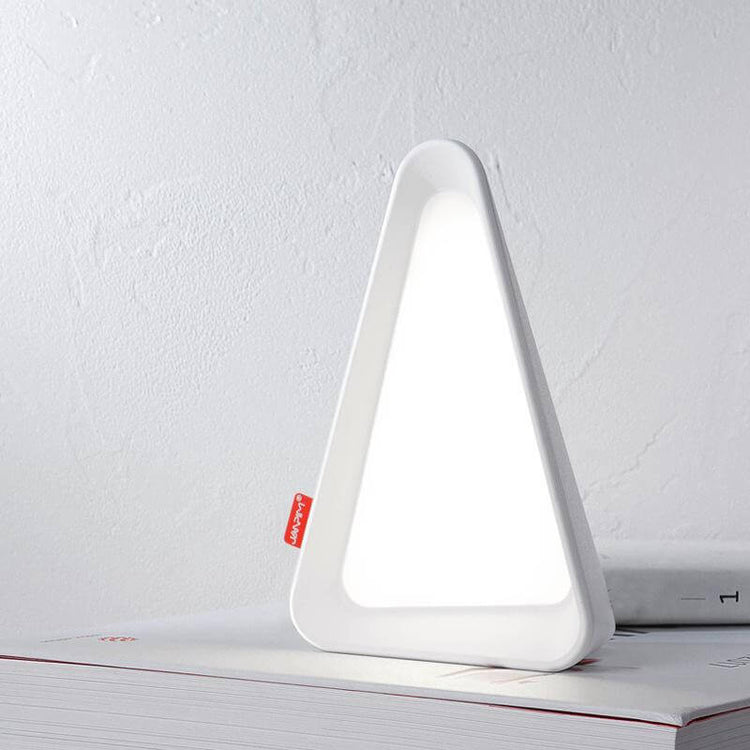 Triangle USB Light