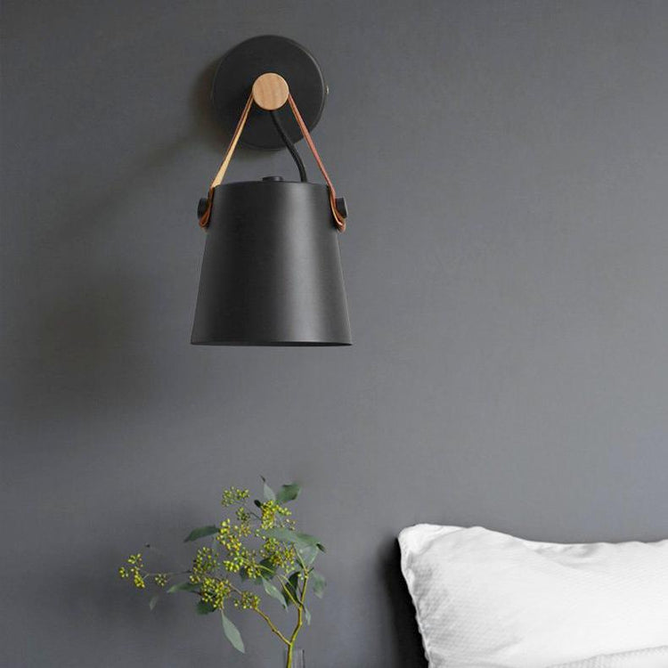 Viggo Wall Lamp