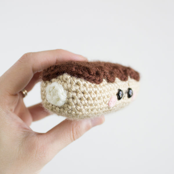 Crochet Amigurumi Éclair- READY TO SHIP