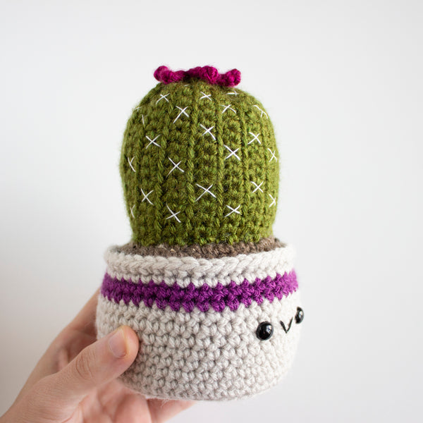 Crochet Amigurumi Ball Cactus-MADE TO ORDER