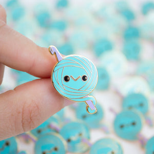 Limited Edition! Stitch the Yarn Ball Enamel Pin!