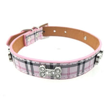 Load image into Gallery viewer, Plaid Leather Collar