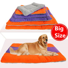 Load image into Gallery viewer, Fleece Dog Bed