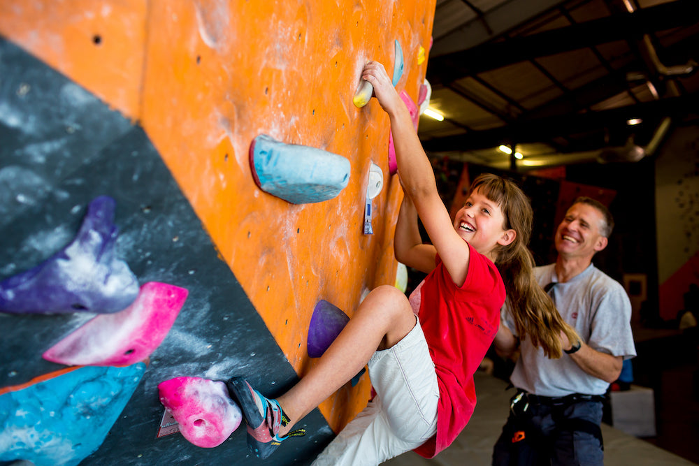 COMMUNITY PROFILE | STONE AGE CLIMBING GYM