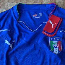 2010 12 ITALY PLAYER ISSUE FOOTBALL SHIRT TIN *BNWT* - M