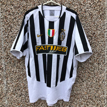 2003 2004 Juventus home football shirt - L
