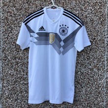 2018 2019 Germany home Football Shirt - S