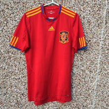 2009 2010 Spain home Football Shirt - S