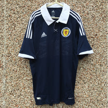 2011 2013 Scotland home Football Shirt *BNWT* - L
