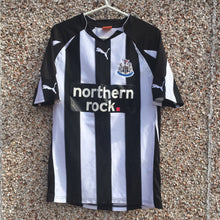 2010 2011 Newcastle United home Football Shirt - S