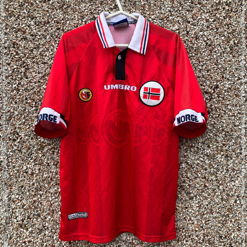 1998 2000 Norway home football shirt - M