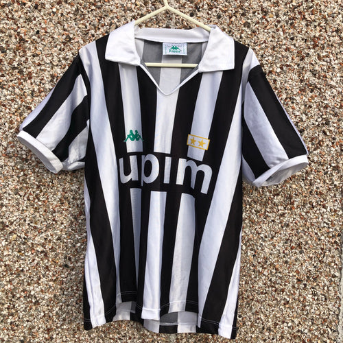 1990 1991 Juventus home Football Shirt - M