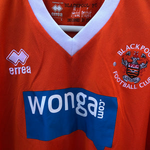 2013 2015 Blackpool home Football Shirt - L