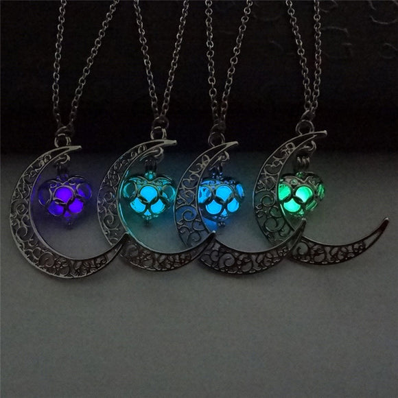 Hollow Moon Love Heart Pendant - Glow in the Dark Luminous Necklace