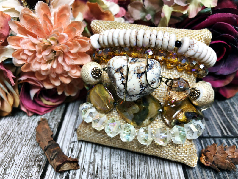 Natural shell and stone bangle set