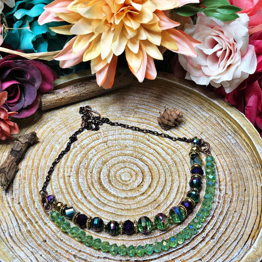 The royal lady beaded necklace (green)