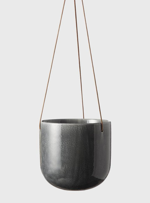 EVERGREEN COLLECTIVE - Mio Hanging Pot Medium, Smoke - Makers On Mount