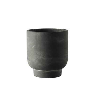 MILK & SUGAR - Tanner Pedestal Pot, Charcoal - Makers On Mount