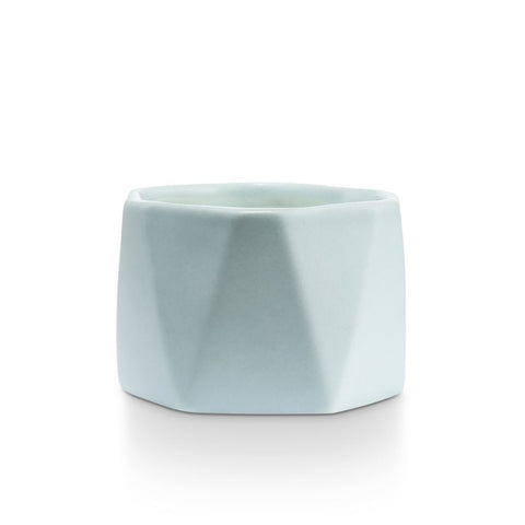 ILLUME Dylan Ceramic Candle - Fresh Sea Salt