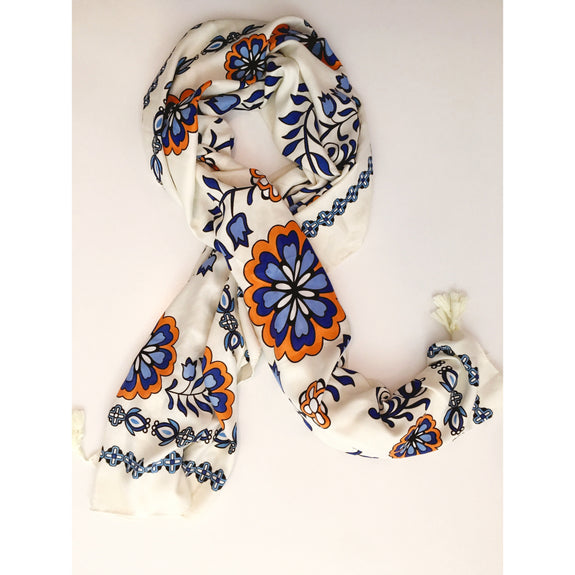 Blue and White Market Scarf - Kläder and Hem