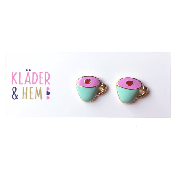A Hug in a Mug S/S Stud Earrings - Kläder and Hem