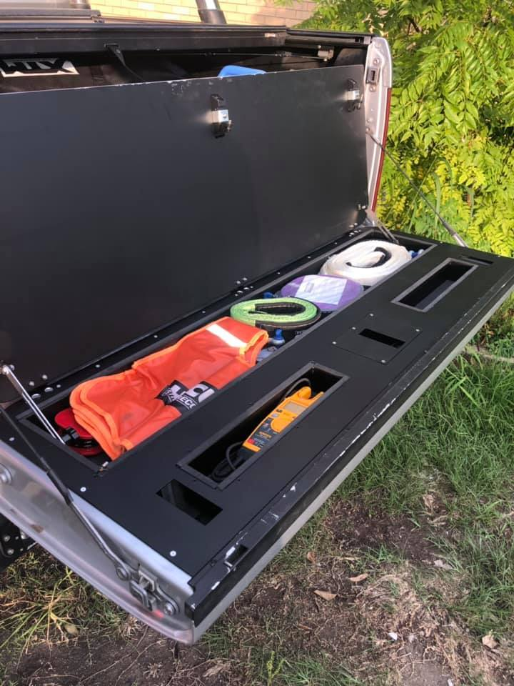 VW Amarok Tailgate Storage Kit
