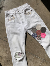 Load image into Gallery viewer, Extra Fancy Patchwork Levi's 501 < Waist 26 >