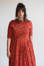 Load image into Gallery viewer, 1950s Red Cotton Atomic Print Dress
