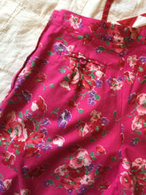 Load image into Gallery viewer, 1980s Laura Ashley Cotton Floral Shorts