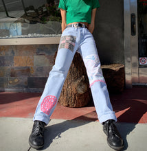 Load image into Gallery viewer, Belle and the Birdie Patchwork Levi's 501 Light Wash Jeans <Waist 28>