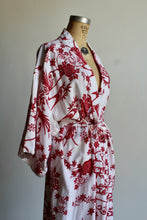 Load image into Gallery viewer, 1960s Lotus Flower Cotton Kimono Robe