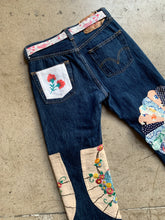 Load image into Gallery viewer, Field of Dreams Patchwork Levi's 501