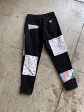 Load image into Gallery viewer, Patchwork 90s Black Guess Jeans